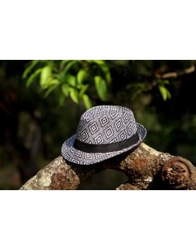 Hat Black/White