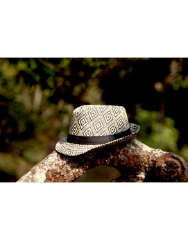 Hat Cream/Black